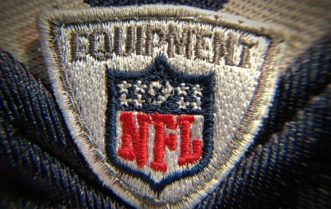 The NFL has 32 teams: 16 are in the NFC, and 16 in the AFC. Those 16 teams are further split into four groups with four teams in each group. Every team has 16 games and one rest week.