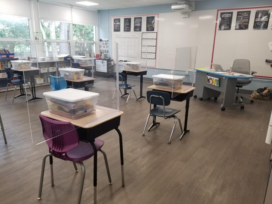 This+fourth-grade+classroom+at+Patrick+M.+Villano+School+remains+empty.++District+administrators+are+waiting+for+the+latest+state+health+reports+before+deciding+when+students+and+staff+can+return+to+the+building.