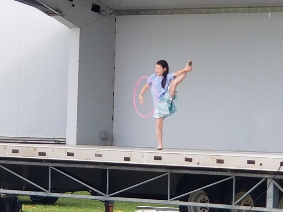 Villano students show off their talent